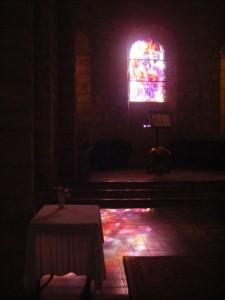 Vitrail de l'église de Bellenave